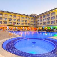 Pine House Hotel, hotel in Kemer