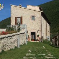 Agriturismo Casale La Palombara, hotell i Cerreto di Spoleto