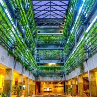 Greenhost Boutique Hotel Prawirotaman, отель в Джокьякарте
