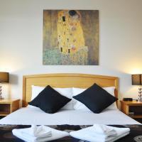 Meadowbrook Hotel Brisbane, hotel em Loganlea