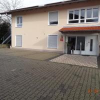 Pension Alram Hof, hotel in Eggenfelden