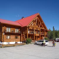 Northern Rockies Lodge, hotel em Muncho Lake