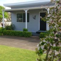 Phillip Island Cottages, hotel in Cowes
