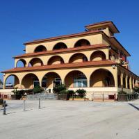 Hotel Ristorante Re Di Cuori, hotel a Caianello