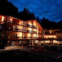 Hotel Valacia, hotel in Pozza di Fassa