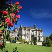 Tre-Ysgawen Hall & Spa, hotel in Llangefni
