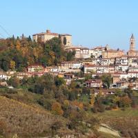 Dimora al Castello, hotel in Govone