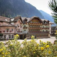 Hotel Soreghes Gran Chalet, hotel in Campitello di Fassa