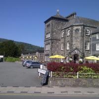 The Eagles Hotel, hotel in Llanrwst