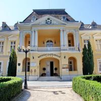 Batthyány Kastélyszálló, hotel in Zalacsány