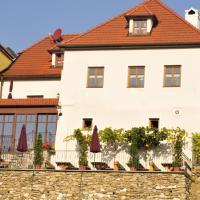 Gästehaus & Heuriger Turm Wachau