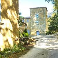 Le Castillou, hotel in Luc-sur-Aude