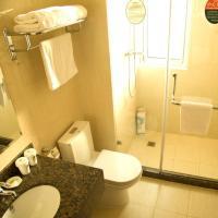GreenTree Inn Jiangsu Taizhou Jiangyan Middle Renmin Road East Buye City Pedestration Express Hotel、Taizhouのホテル