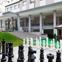 Inwest Ośrodek Szkoleniowo-Wypoczynkowy, hotel in Smardzewice