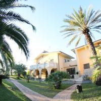 San Michele Apartments&Rooms, отель в Катандзаро