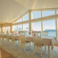 Arctic Panorama Lodge, hotel in Uløybukta