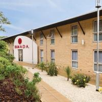 Ramada Oxford, hotel in Waterstock