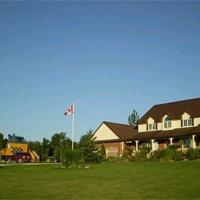 Clearview Station & Caboose B&B, hotel em Creemore