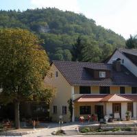 Landgasthof Zum Wolfsberg, hotel in Dietfurt