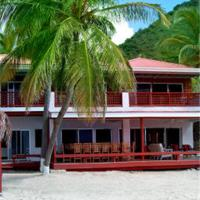 Fort Recovery Villa Suites Hotel, hotel in Freshwater Pond
