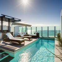 Nirvana By The Sea, hotel in Coolangatta, Gold Coast