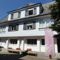 Black Forest Bike Hostel, hotel in Kirchzarten