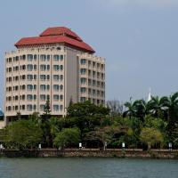The Gateway Hotel Marine Drive, Ernakulam, hotel in Cochin