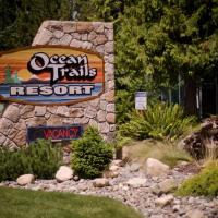 Ocean Trails Resort, hotel em Parksville