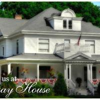 Lindsay House Bed and Breakfast, hotel in Manawa