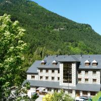 Complejo Turistico Camping Bielsa, hotel in Bielsa