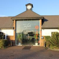Desalis Hotel London Stansted, hotel near London Stansted Airport - STN, Elsenham