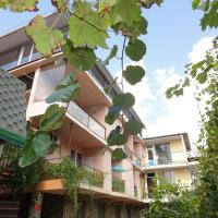 Oasis Guest House, hotel in Vardane