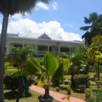 Green Palm Self Catering, hotel in Anse aux Pins