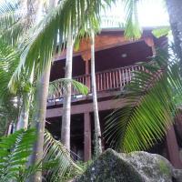 Hillside Retreat, hotel in Baie Lazare Mahé