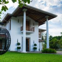 Villa White Queen
