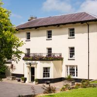 Portclew House, hotel in Pembroke