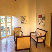 Casa Sophie, отель в городе Хинотепе
