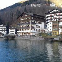 Appartamento Italia, hotell i Alleghe