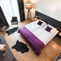 Hotel K99, отель в городе Радольфцелль
