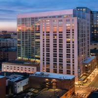 Global Luxury Suites at China Town