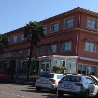Hotel Garcas, hotel in Lavacolla