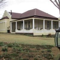 Absolute Leisure Cottages, hotel in Machadodorp