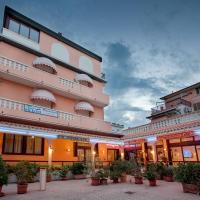 Hotel Sileoni, hotell i Marina di Cecina