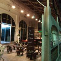 The Grand Palace Hostel