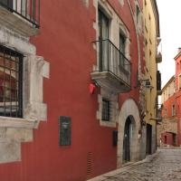 Hotel Museu Llegendes de Girona, hotel in Girona