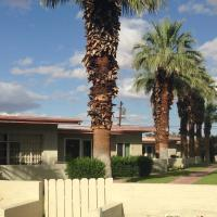 Stanlunds Inn and Suites, hotel in Borrego Springs