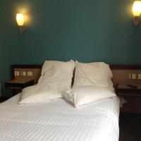 Hotel De La Place, hotel in Malakoff