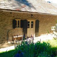 Kamenná chalupa, hotel in Hodruša