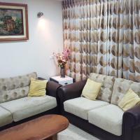 Zohar's Apartment