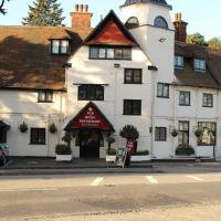 The Devil's Punchbowl Hotel, hotel in Hindhead